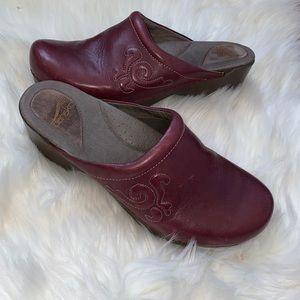 dansko leather shoes size 42 usa 11.5- 12  size